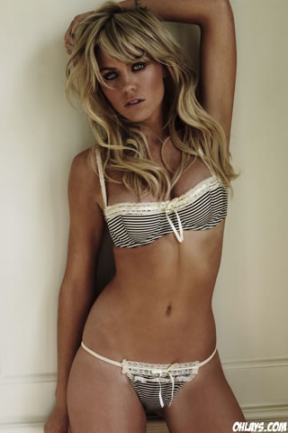 Abbey_Clancy3