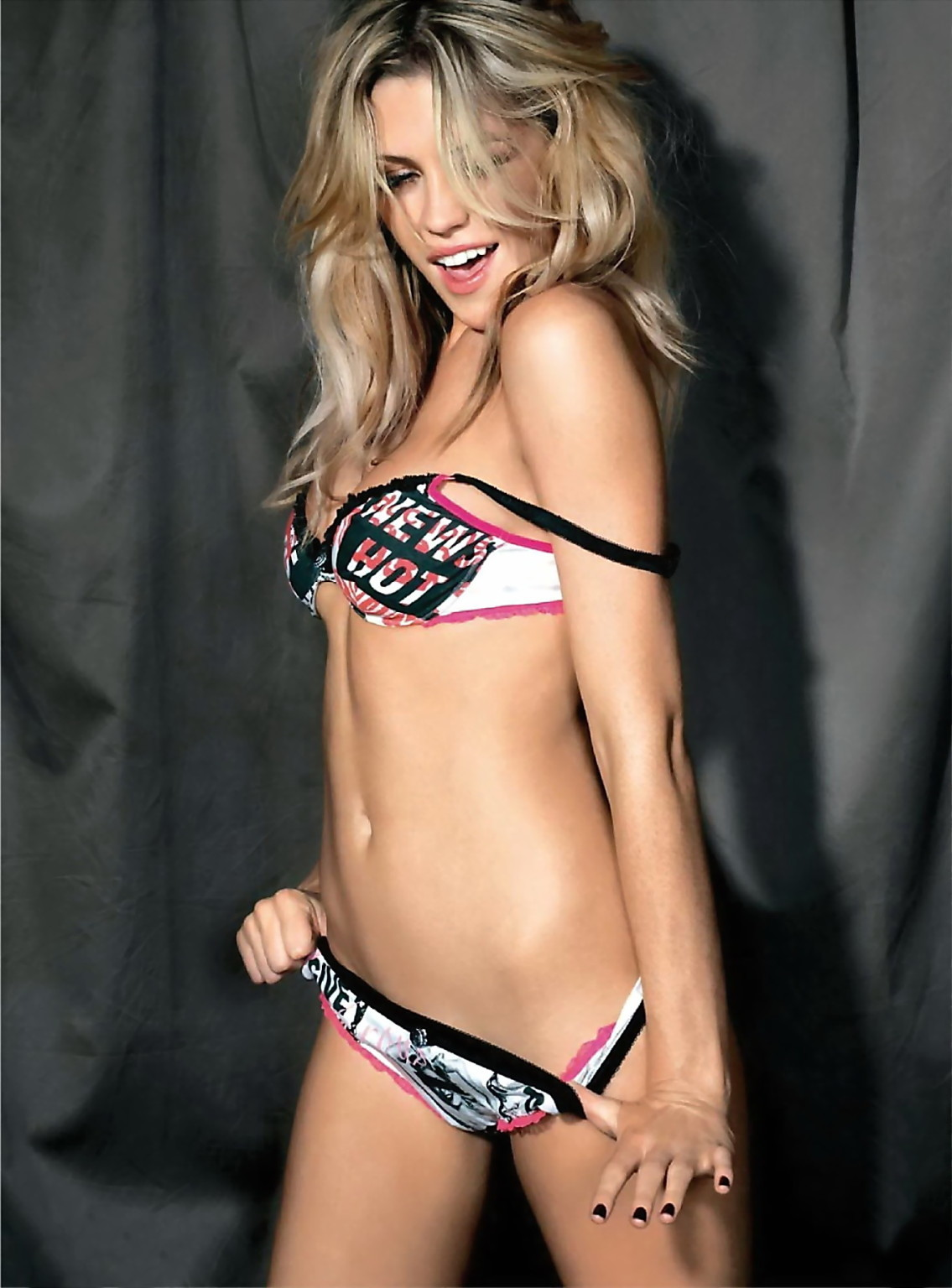 Abbey_Clancy4